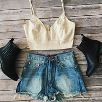Side Split Seam Denim Shorts