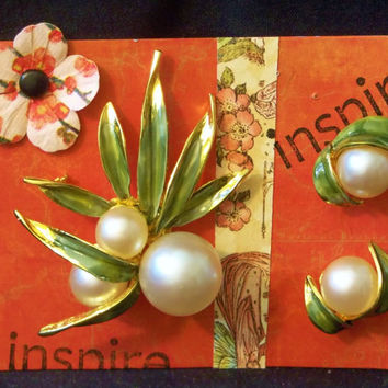 Large Enamel Flower Brooch, Big Faux Pearl Pods, Earrings, Clips, White, Green, Statement Jewelry, Floral Estate Jewelry, Large Size
