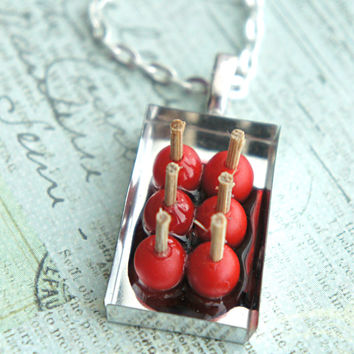 candy apples necklace