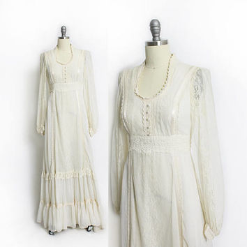 Vintage 1970s Dress- Ivory Cotton Lace Maxi Boho Gown 70s GUNNE SAX  - Extra Small / XS