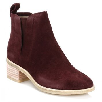 Clarks Womens Wine Phenia Cresent Suede Boots