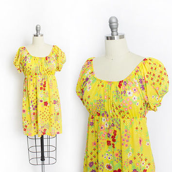 Vintage 1960s Nightgown - Floral Yellow Printed Nylon. Off-The-Shoulder Slip Lingerie - Small