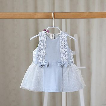In the autumn of 2016 New children Girls lace vest dress baby sleeveless bowknot cute dress in children girls baby clothes