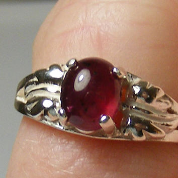 Ruby Cabachon & Sterling Silver Ring Size 5