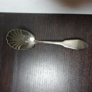 Vintage Art Deco Silver or Silver Plate Sugar Spoon by WM Rogers and Sons - Shell or Fan Shaped Spoon