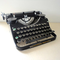 Underwood Typewriter Portable Manual from 1933 A Great Working Typewiter