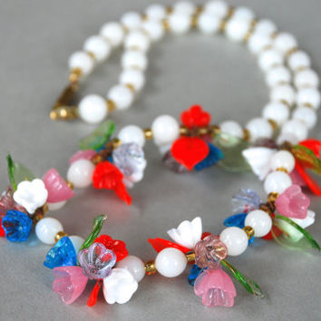 Vintage Glass Flower Beaded Necklace Haskell Murano Glass Style White Red Pink Blue Green Spring Jewelry 1940's // Vintage Costume Jewelry