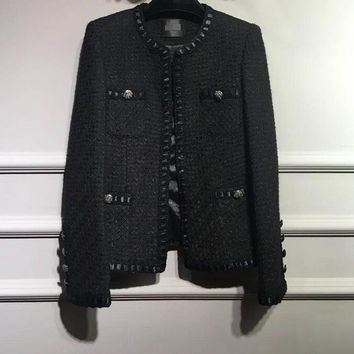 2017 New Fashion Elegant Runway Luxury Black Tweed Cardigan round Neck Piping detail Long sleeved multi-pockets Buttoned cuffs