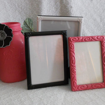 Pink, black, and white frame set with painted Mason jar, small frame set with painted Mason jar, small painted frame set, small frame set