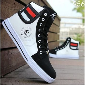 Mens Round Toe High Top Sneakers Casual Lace Up Skateboard Shoes