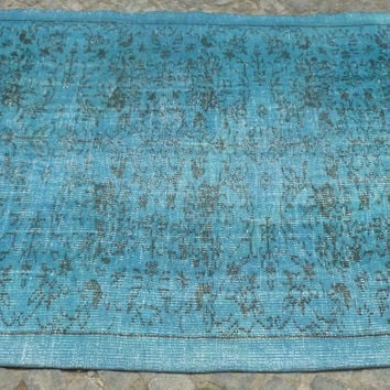 Beach Blue overdyed area rug with Floral pattern, 8,8 x 5'
