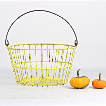 Vintage Egg Basket, Yellow Egg Basket, Egg Basket, Wire Egg Basket, Wire, Basket, Farmhouse Decor, Rustic Farmhouse Decor, Yellow Basket