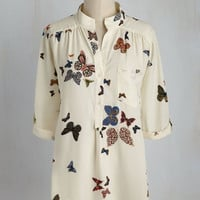 Cook Lively! Top in Butterflies