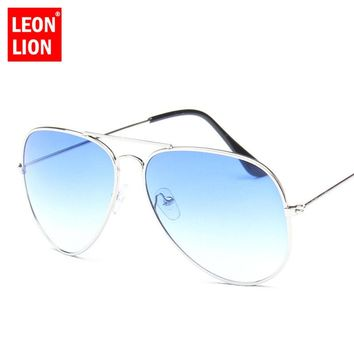 LeonLion 2018 Pilot Rainbow Sunglasses Women/Men Top Brand Designer Vintage Sun Glasses For Women Outdoor Driving Oculos De Sol