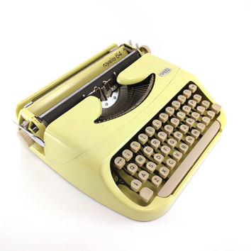 Royal Royalite 64 Vintage Typewriter - Bright Yellow Typewriter - Working Typewriter - Excellent Condition- RARE
