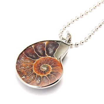 Natural Conch Ammonite Pendant Necklace Silver Plated Chains Beads Shell Necklace Women Fashion Jewelry