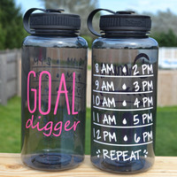 Goal Digger // 34oz Plastic Water Bottle // Water Intake Tracker // CUSTOM COLORS AVAILABLE