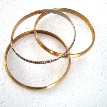 Jewelry Bangles gold gold black three bangles vintage bangle bracelets jewelry treasuresrtimeless