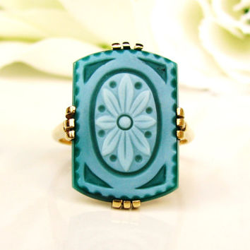 Antique Floral Carved Chalcedony Ring 18K Yellow Gold Unique Alternative Engagement or Promise Ring Boho Bohemian Bridal Jewelry