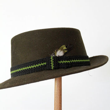 SALE 1950s wool fedora with feather