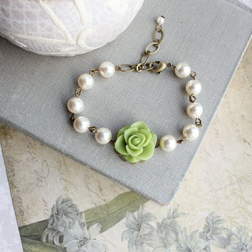 Bridemaids Gift Leaf Green Rose and Pearl Bracelet Flower Jewelry Colorful Spring Wedding Maid of Honor Gift Bridal Accessories Adjustable