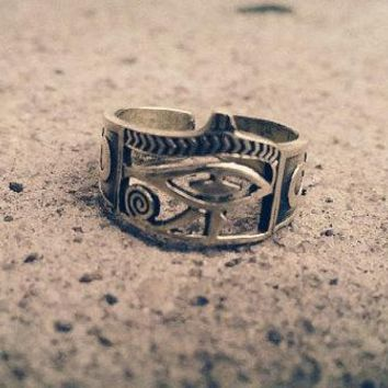 Eye of Horus Ancient Egypt Ring