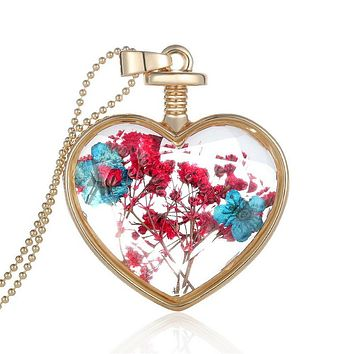 Fashion Romantic Crystal Glass Heart Necklace Floating Locket Pendant  Dried Flower Plant Jewelry for Women