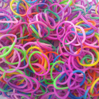 FREE SHIPPING Wholesale Rainbow Loom Rubber Band Tye Dye Pastel Mix includes 125 S Clips - Fits all loom kits