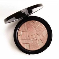 Anastasia Beverly Hills Illuminator Highlighter [9198558980]