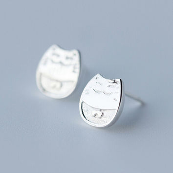 Lovely plutus cat 925 sterling silver earrings ,a perfect gift