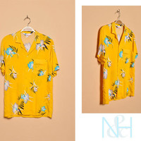 Vintage 1980s Yellow Hawaiian Button-Up with Short Sleeves