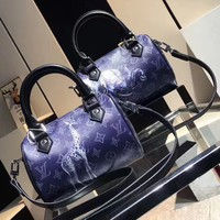 LV Woman Men Fashion Animal Leather Crossbody Satchel Tote Shoulder Bag