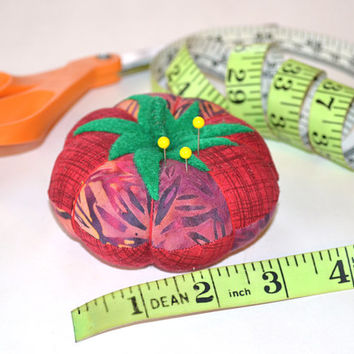 MOD TOMATO Designer Pincushion, Fabric Pincushion, Sewing accessory, Quilting tool, Embroidery, Sewing, Felt, Pin, needle, Felt Leaf & Stem