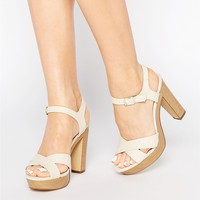 New Look Cross Strap Platform Heeled Sandal
