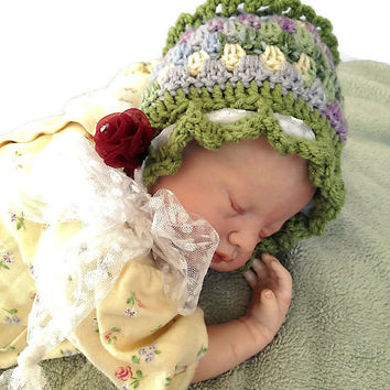 Outlander Crocheted Cream Baby Bonnet, Size 0 - 6 months Mandy Green Lavender Cream Photo Prop Granny Squares Gabaldon FREE SHIPPING