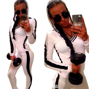 White Hooded Sweatshirt and Pants Sports Suit