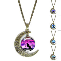 Howling Wolf Moon Necklace Art Glass Cabochon Pendant Vintage Jewelry Bronze Crescent Accessories Chain Necklaces for Women Gift