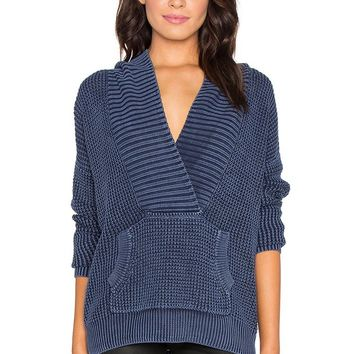 Deep V-neck Front Pockets Knit Pullover Sweater