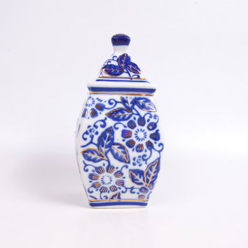 Vintage Asian Urn Chinoiserie Lidded Ginger Jar  Cobalt Blue and White Gold Trim Flowers and Leaves Porcelain Square Ginger Vase