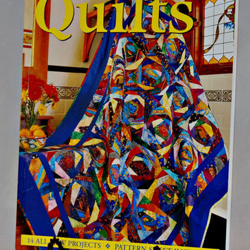 Bright and Beautiful Quilts (c.2000), 14 All New Quilting Projects, Paperback Quilting Pattern Book, Gift Ideas Quilting Projects
