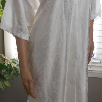 Vintage 80's Women's White Pajama Set Size Large