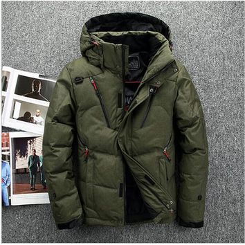 New winter jacket Men's fashion camouflage pattern Long ski Jacket Thickening casual hooded fur collar white duck down coats