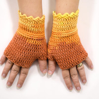 Cotton wristwarmers in orange shades