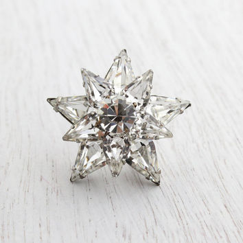 Vintage Clear Rhinestone Star Brooch - 1950s Silver Tone Glass Costume Jewelry Pin / Stacked Glass