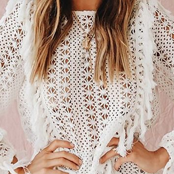 Squad Leader White Open Knit Long Sleeve Crew Neck Fringe Tassel Pullover Sweater Top