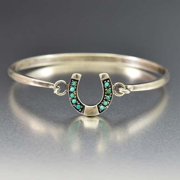 Sweet Vintage Silver Horse Shoe and Turquoise Bracelet