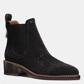 Bowery Chelsea Boot With Cut Out Tea Rose