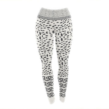 "Pom Graphic Design ""Wind Day"" White Black Yoga Leggings"