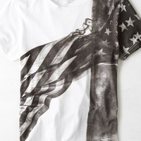 AEO 's Flag Graphic T-shirt (White)