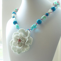 White Flower Necklace, Beaded Lampwork Glass, Porcelain Flower